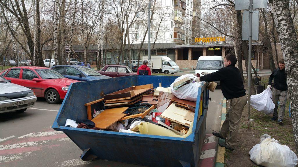 Вывоз старой мебели на утилизацию
